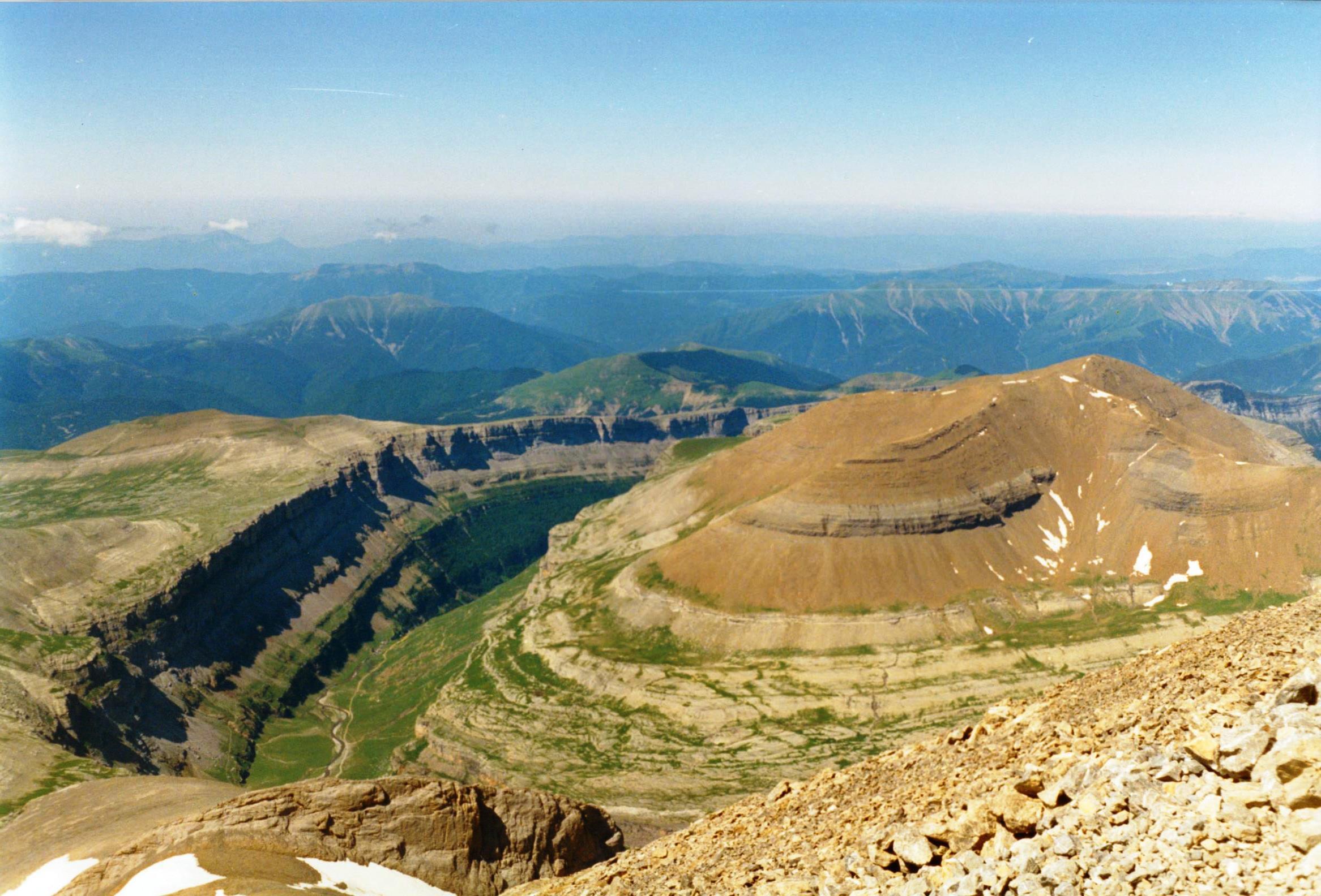 Valle de Ordesa von Mt. Perdido 1993